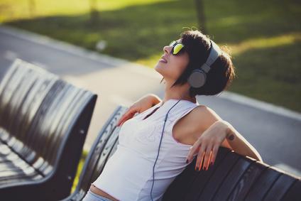 Keress rá kedvenc számod dalszövegére